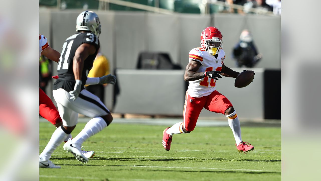 6478bc66 Beyond the Surface: 12 Observations from Chiefs vs. Raiders