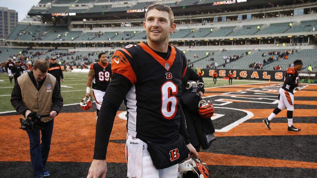 Cincinnati Bengals quarterback Jeff Driskel smiles as he walks off the field after an NFL football game against the Oakland Raiders, Sunday, Dec. 16, 2018, in Cincinnati. (AP Photo/Gary Landers)