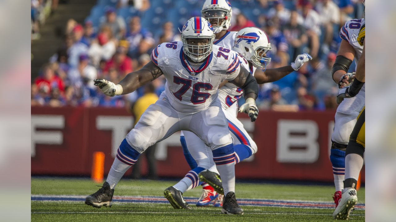 Buffalo Bills guard John Miller (76) prepares to block against the Pittsburgh Steelers, Saturday, August 29, 2015 Orchard Park, NY. The Bills defeated the Steelers 43-19. (Al Tielemans via AP Images)