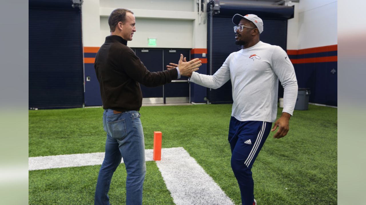 Peyton Manning and Von Miller's family surprise Miller to announce he's the Broncos' nominee for the 2018 Walter Payton NFL Man of the Year award. Manning won the Walter Payton NFL Man of the Year award in 2005.