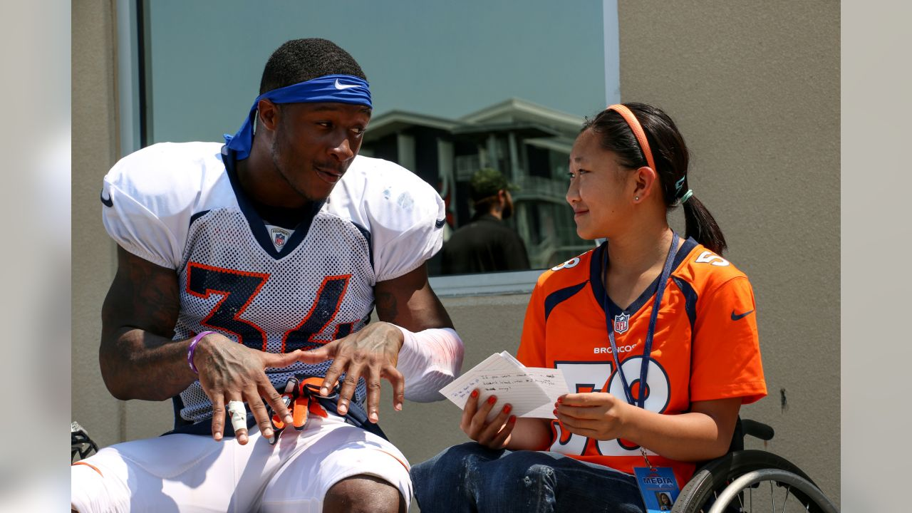 Will Parks speaks with a Children's Hospital Colorado junior reporter at UCHealth Training Center on August 7, 2018.