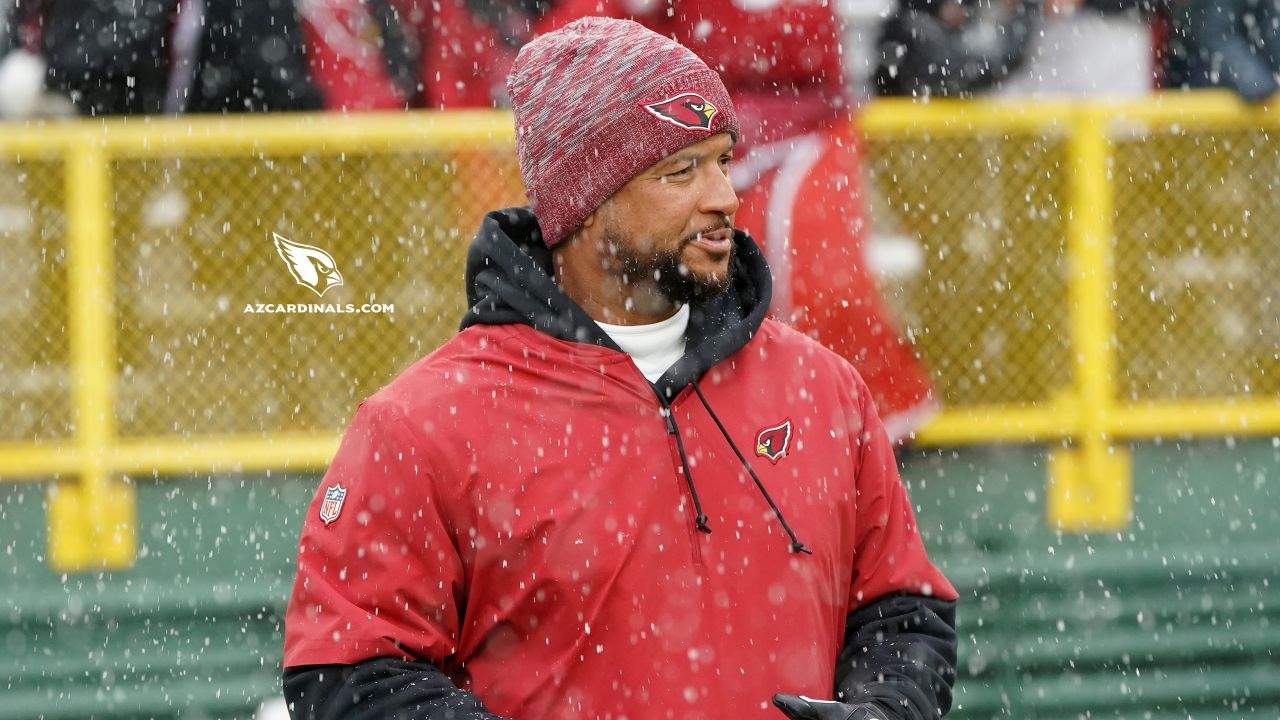 Defensive coordinator Al Holcomb before the Packers game