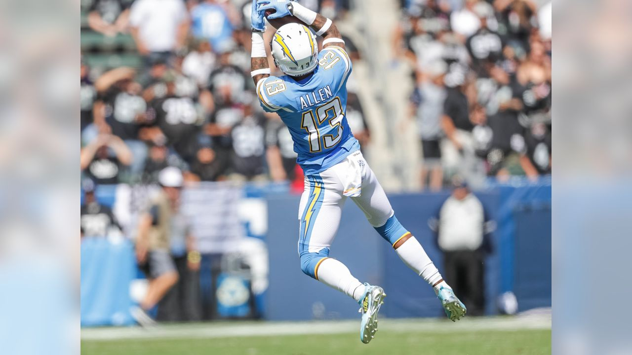 Keenan Allen makes a leaping grab during the Bolts' Week 5 matchup against the Oakland Raiders at ROKiT Field at StubHub Center.