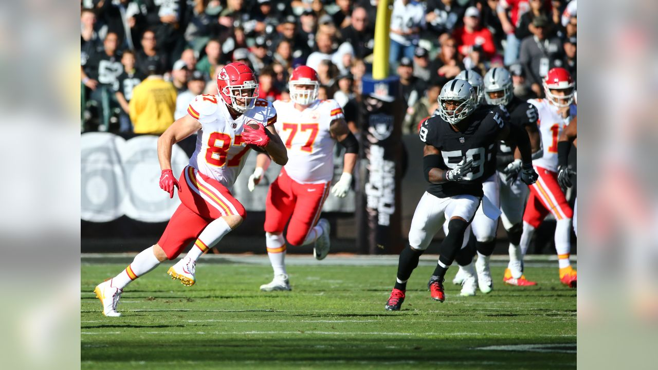 Kansas City Chiefs at Oakland Raiders at Oakland Alameda Coliseum on December 2, 2018.