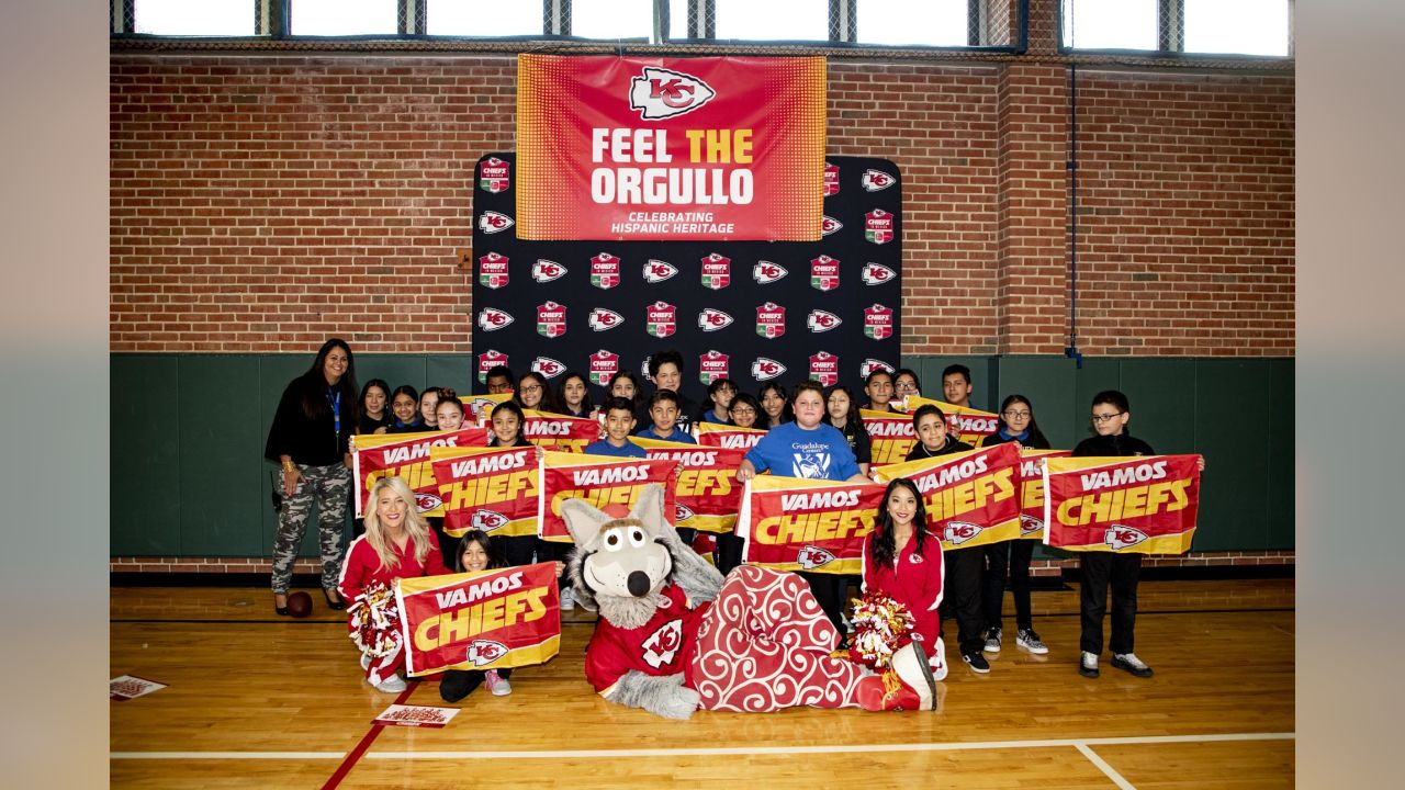 Leading into the Chiefs in Mexico Week, presented by The Kansas City Southern Railway Company, Burns & McDonnell, and Lockton, the Chiefs Community Caring Team visited Guadalupe Middle School for a Play60 clinic featuring middle school students.