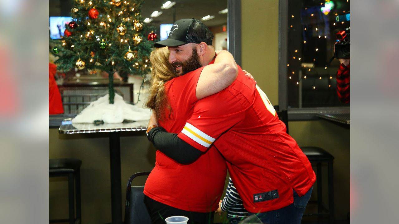 Chiefs players hosted a holiday party for Gold Star families.