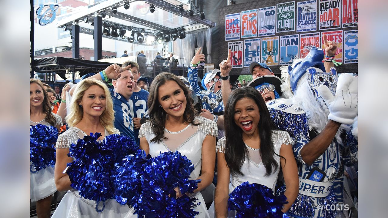A fun look back at the Colts Cheerleaders in Nashville for the 2019 NFL Draft!