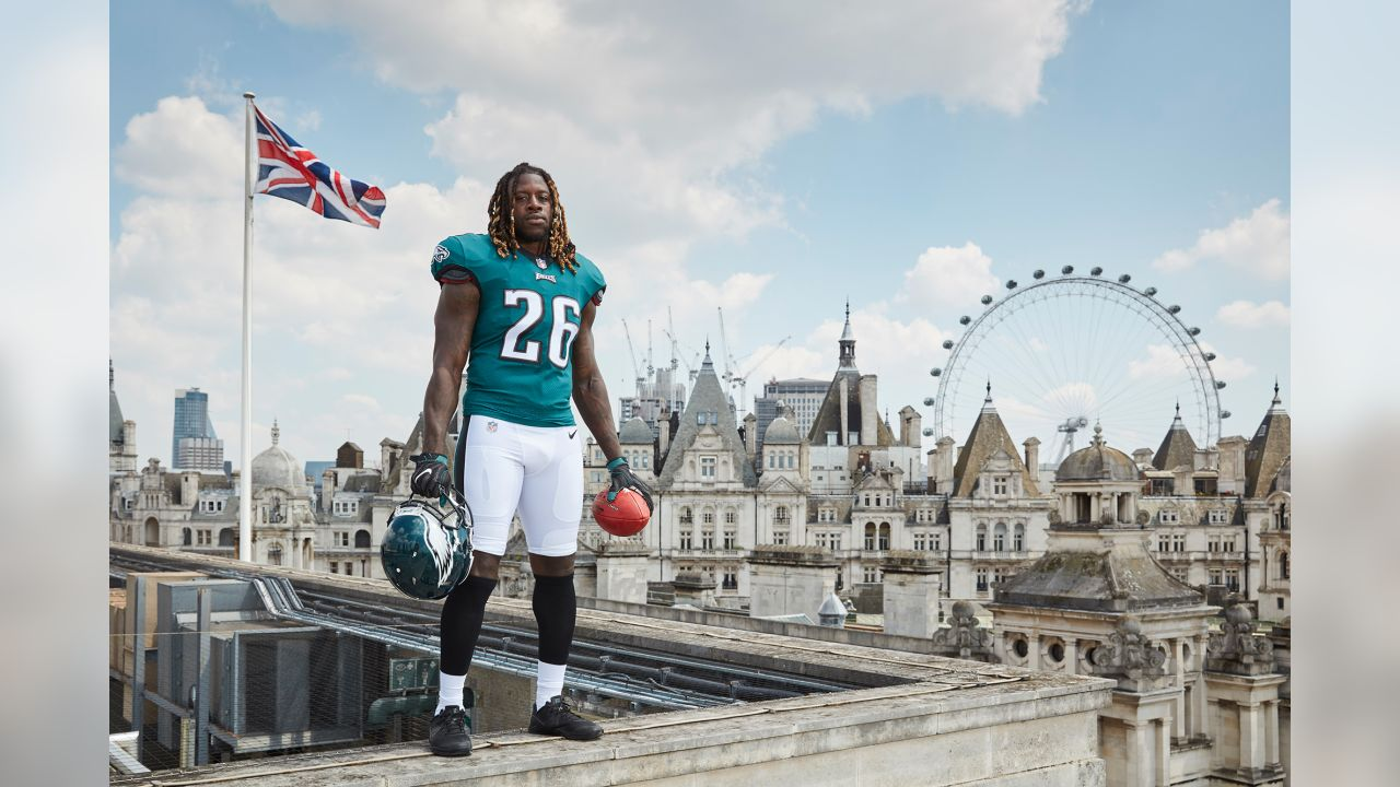 RB Jay Ajayi in London during the 2018 offseason