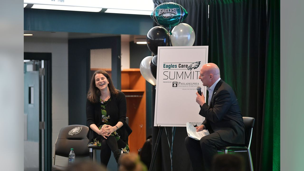 Sarah Hurwitz, former head speechwriter for Michelle Obama, sharing a laugh with Eagles Insider Dave Spadaro