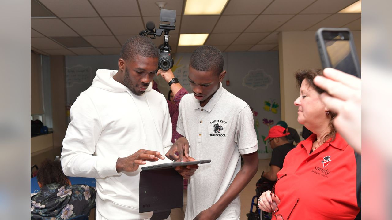 WR Nelson Agholor visited Widener High School to take part in the after-school program