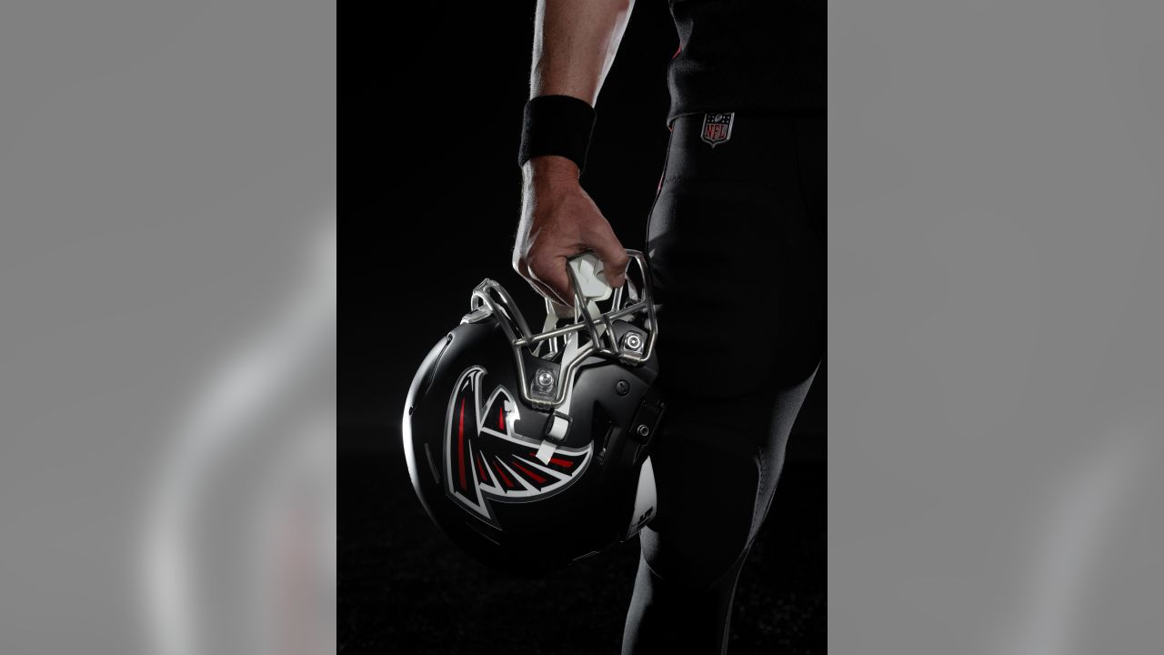 2020_AtlantaFalcons_Home_Helmet_2081