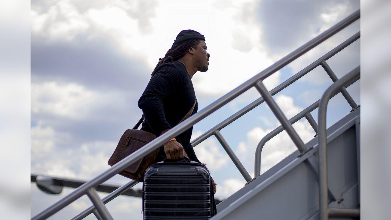 Falcons Fits: Travel looks as Falcons take flight to Miami