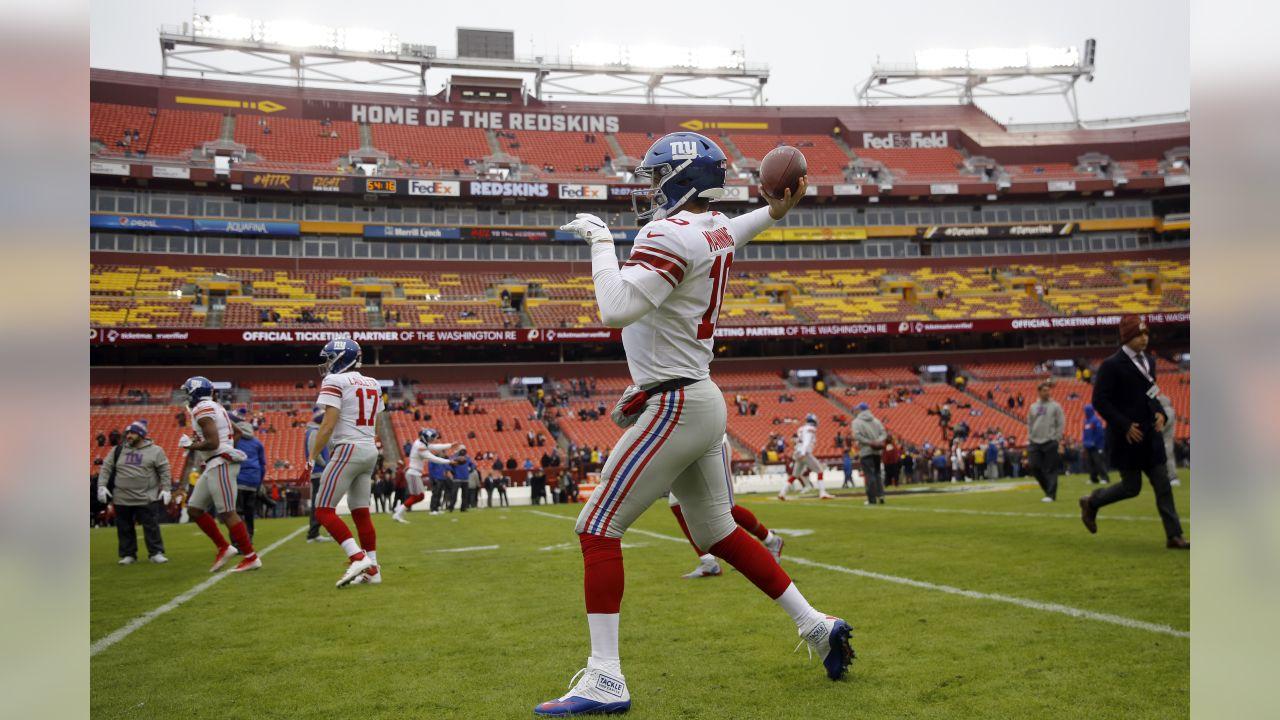 New York Giants quarterback Eli Manning (10) warms up before an NFL football game against the Washington Redskins, Sunday, Dec. 9, 2018, in Landover, Md. (AP Photo/Patrick Semansky)