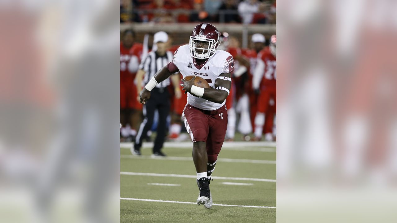 Temple running back Ryquell Armstead (25) runs the ball during an NCAA college football game against SMU on Friday, Nov. 6, 2015, in Dallas. (AP Photo/Tony Gutierrez)