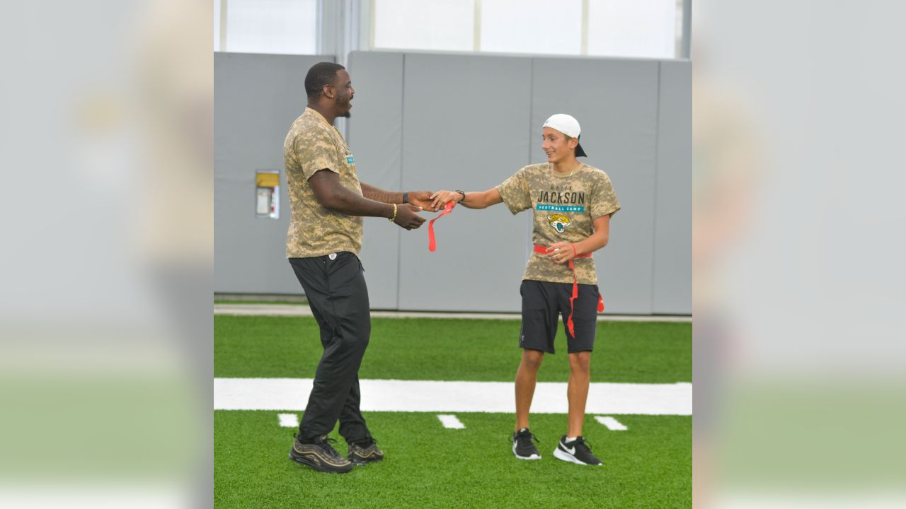 Jacksonville Jaguars defensive tackle Malik Jackson Salute to Service Football Camp for military children Wednesday June 6, 2018 in Jacksonville, Fl. (Rick Wilson/Jacksonville Jaguars)