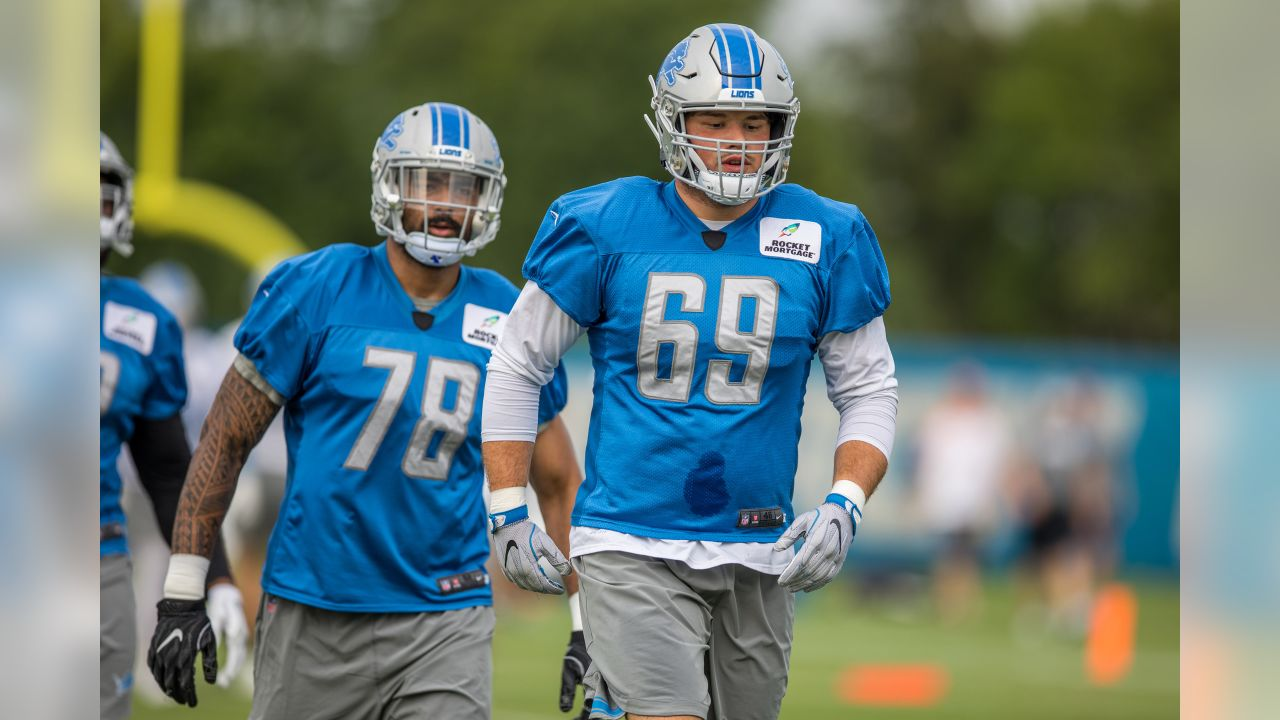 Detroit Lions defensive end Anthony Zettel (69) warms up before training camp practice on Monday, Aug. 6, 2018 in Allen Park, Mich. (Detroit Lions via AP)