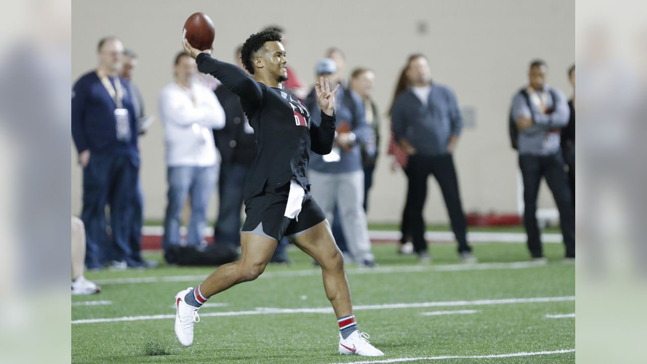 Oklahoma football quarterback Kyler Murray goes through passing drills at the Oklahoma NFL Pro Day in Norman, Okla., Wednesday, March 13, 2019. (AP Photo/Alonzo Adams)
