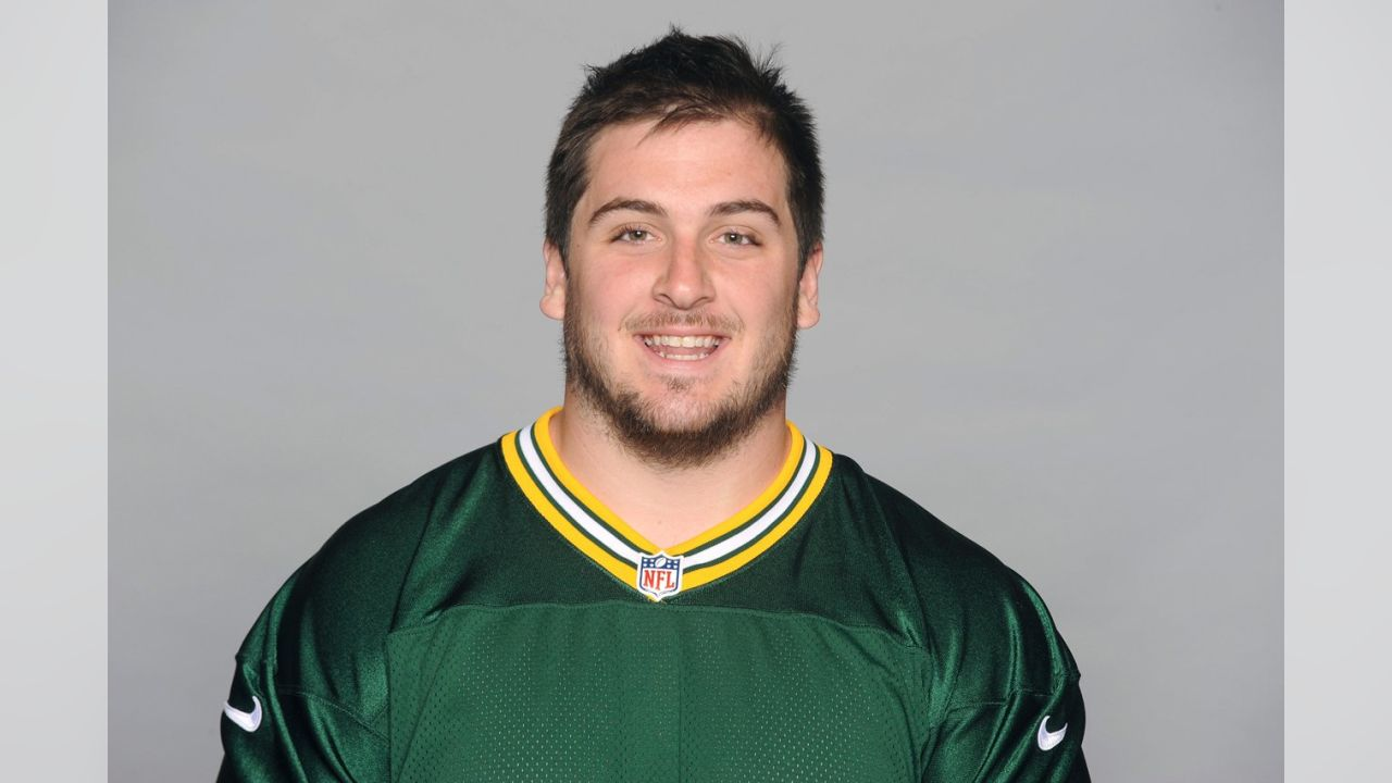 Corey Michael Linsley was born in Youngstown, Ohio and currently resides in Boardman, Ohio.