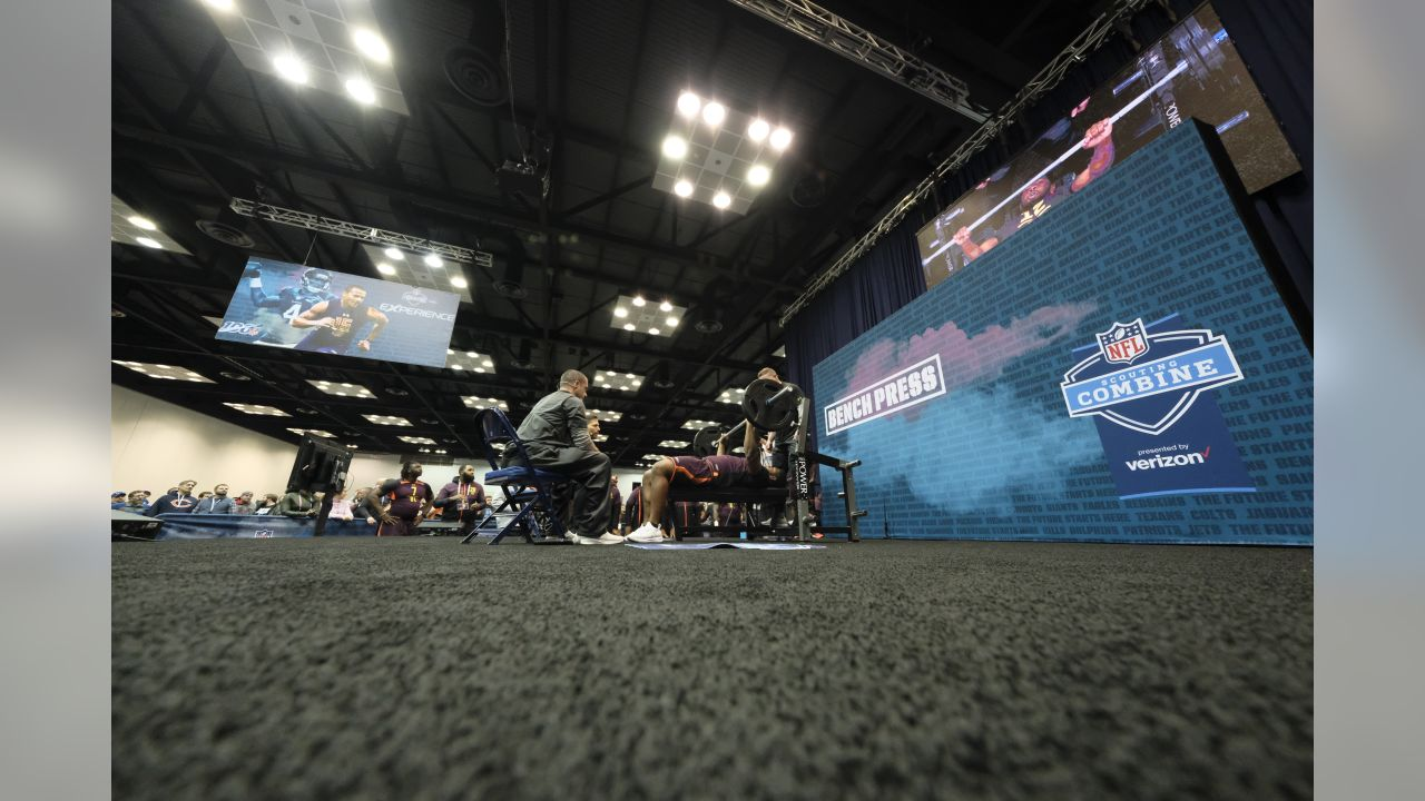 Houston defensive lineman Ed Oliver does the bench press drill at the NFL football scouting combine in Indianapolis, Thursday, Feb. 28, 2019. (AP Photo/AJ Mast)