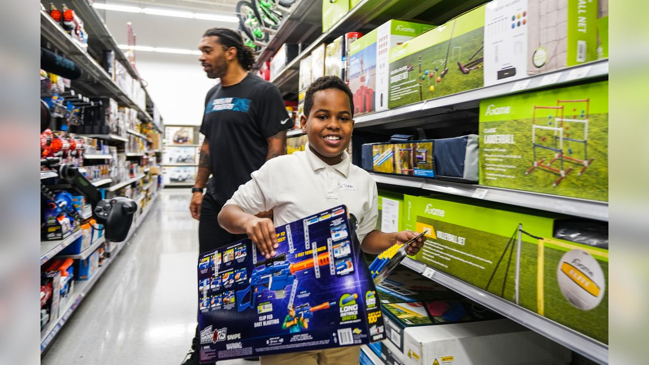 The Carolina Panthers and United Way partner with Academy Sports to give a $200 hoping spree to several area middle school children on Tuesday, Dec. 4, 2018 in Concord, NC.
