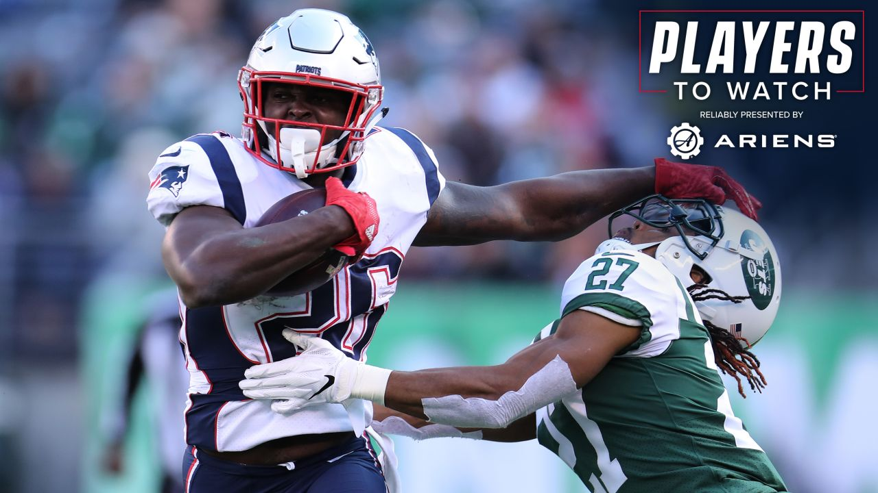 Sony Michel – The rookie running back notched his fourth 100-yard effort a week ago to pace the Patriots dominant rushing attack against Buffalo. The first-round pick has become one of the key cogs of the Patriots offense as it heads toward the postseason and will try to keep things rolling -- and reach 1,000 yards for the season -- against the Jets 26th-ranked run defense.