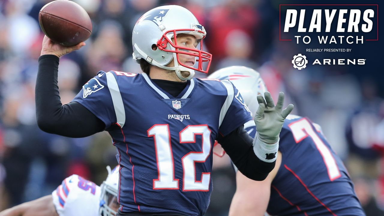 Tom Brady – There's a lot going on around Brady, who just earned his 14th Pro Bowl honor this week. Not only are there questions about the GOAT shying away from contact on critical throws and possibly dealing with a knee injury, but his receiving corps lost a key cog as New England faces a pretty solid Bills defense.