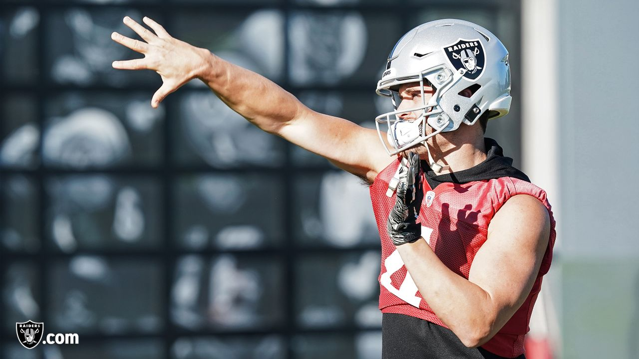 Oakland Raiders quarterback Derek Carr (4) on the field for practice at the Oakland Raiders Practice Facility, Thursday, December 6, 2018, in Alameda, California.