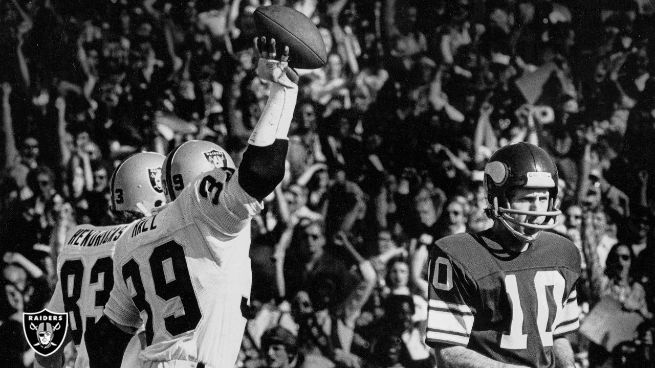 Raiders linebacker Willie Hall (39) celebrates after recovering a fumble during Super Bowl XI against the Minnesota Vikings at the Rose Bowl, Sunday, January 9, 1977. The Raiders won 32-14.