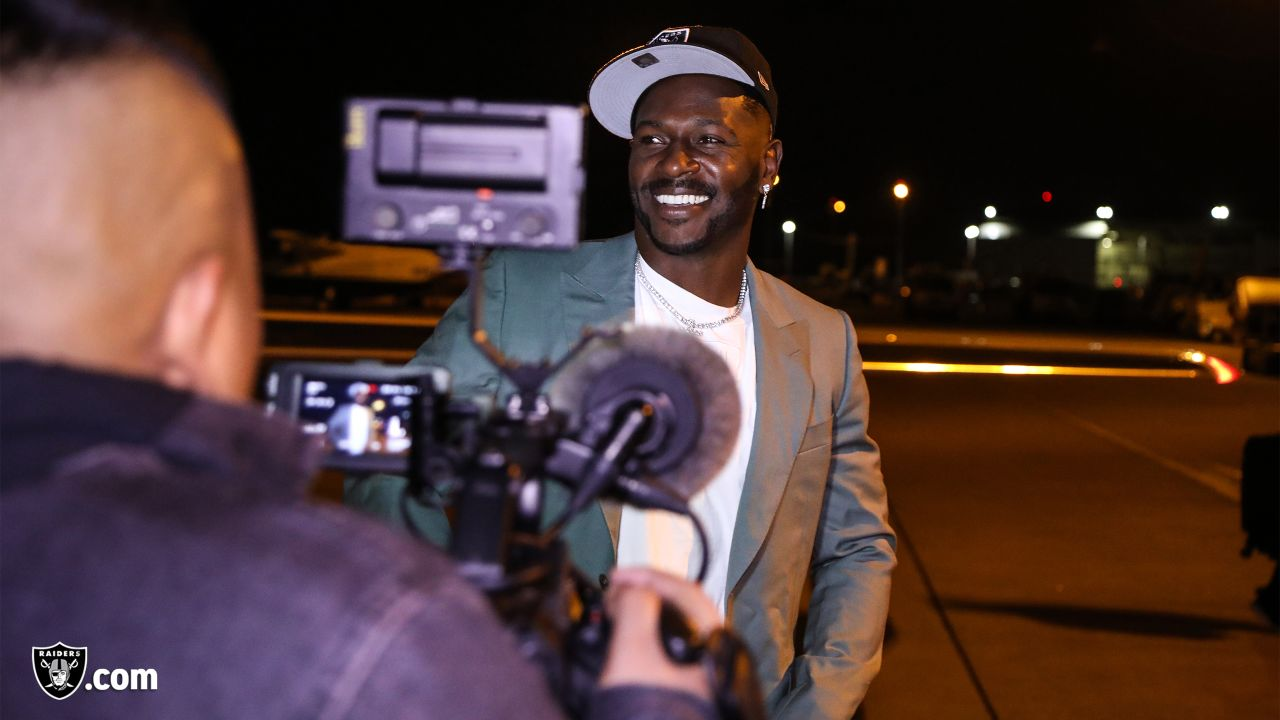 Wide receiver Antonio Brown arrives at the Oakland Raiders Practice Facility in Alameda, Calif.