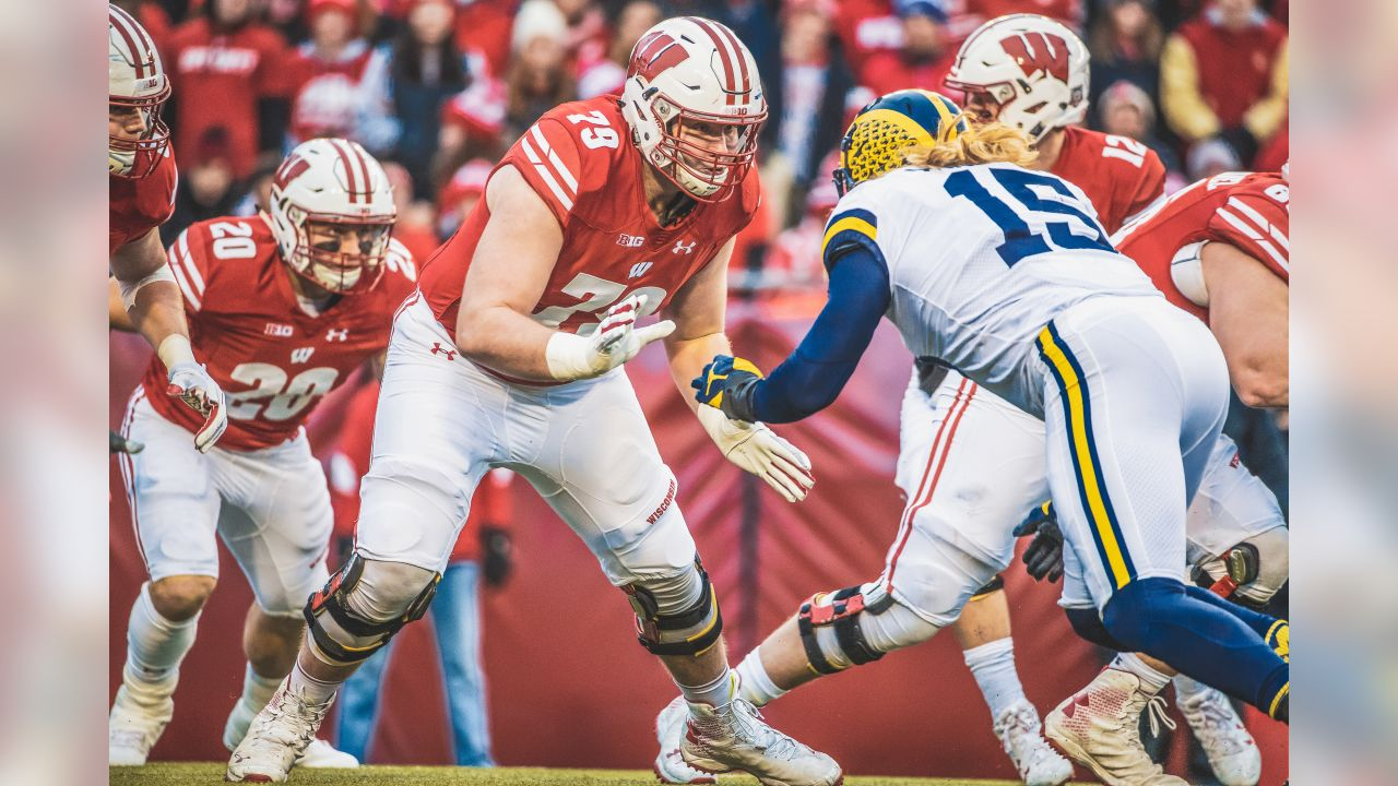 Wisconsin Badgers offensive lineman David Edwards (79) blocks during an NCAA College Big Ten Conference football game against the Michigan Wolverines Saturday, November 18, 2017, in Madison, Wis. The Badgers won 24-10. (Photo by David Stluka)