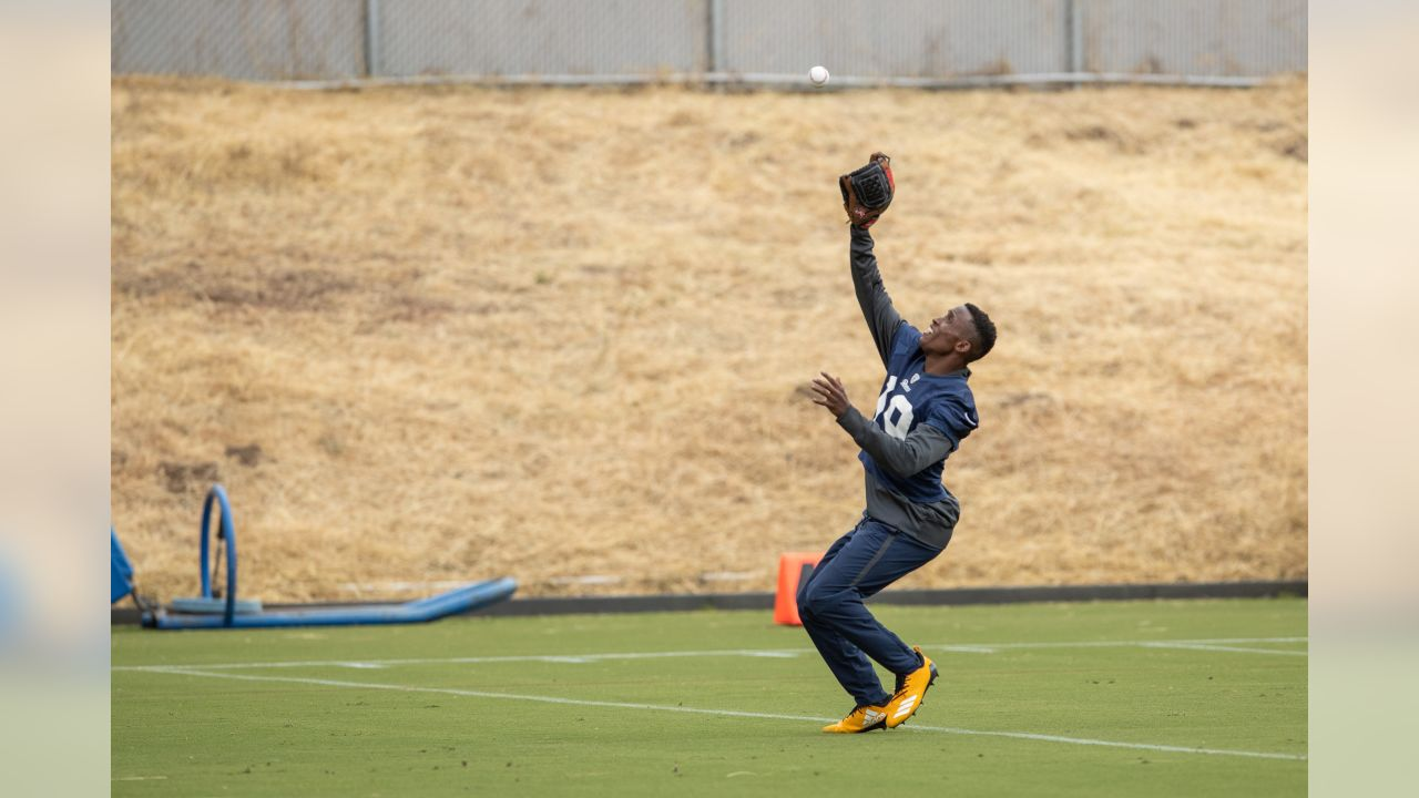 Wide receiver (19) JoJo Natson of the Los Angeles Rams practices on day 5 of Phase II of the offseason program workouts, Monday, May 6, 2019, in Thousand Oaks, CA. (Jeff Lewis/Rams)