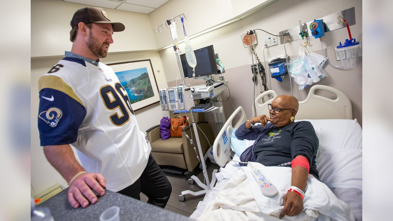Outside linebacker #96 Matt Longacre of The Los Angeles Rams and Community Affairs visited patients of the Cedars-Sinia Infusion center at Cedars-Sinai Medical Center on Tuesday October 09, 2018, in Los Angeles, California. (Daniel Bowyer/Rams)
