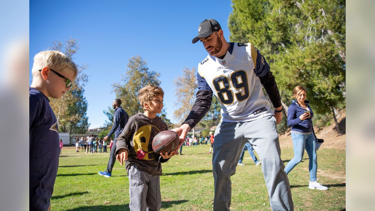 Los Angeles Rams tight end Tyler Higbee (89) attends a Play 60 event for the local area on December 4th, 2018 in Calabasas, Calif (Hiro Ueno/Rams)