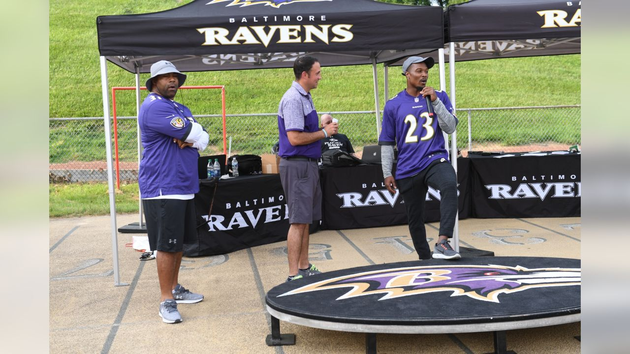 QB Joe Flacco and S Tony Jefferson, along with Ravens alumni RB Jamal Lewis and OLB Brad Jackson provided instruction at the Play Like A Raven Football Clinic at McDaniel College.