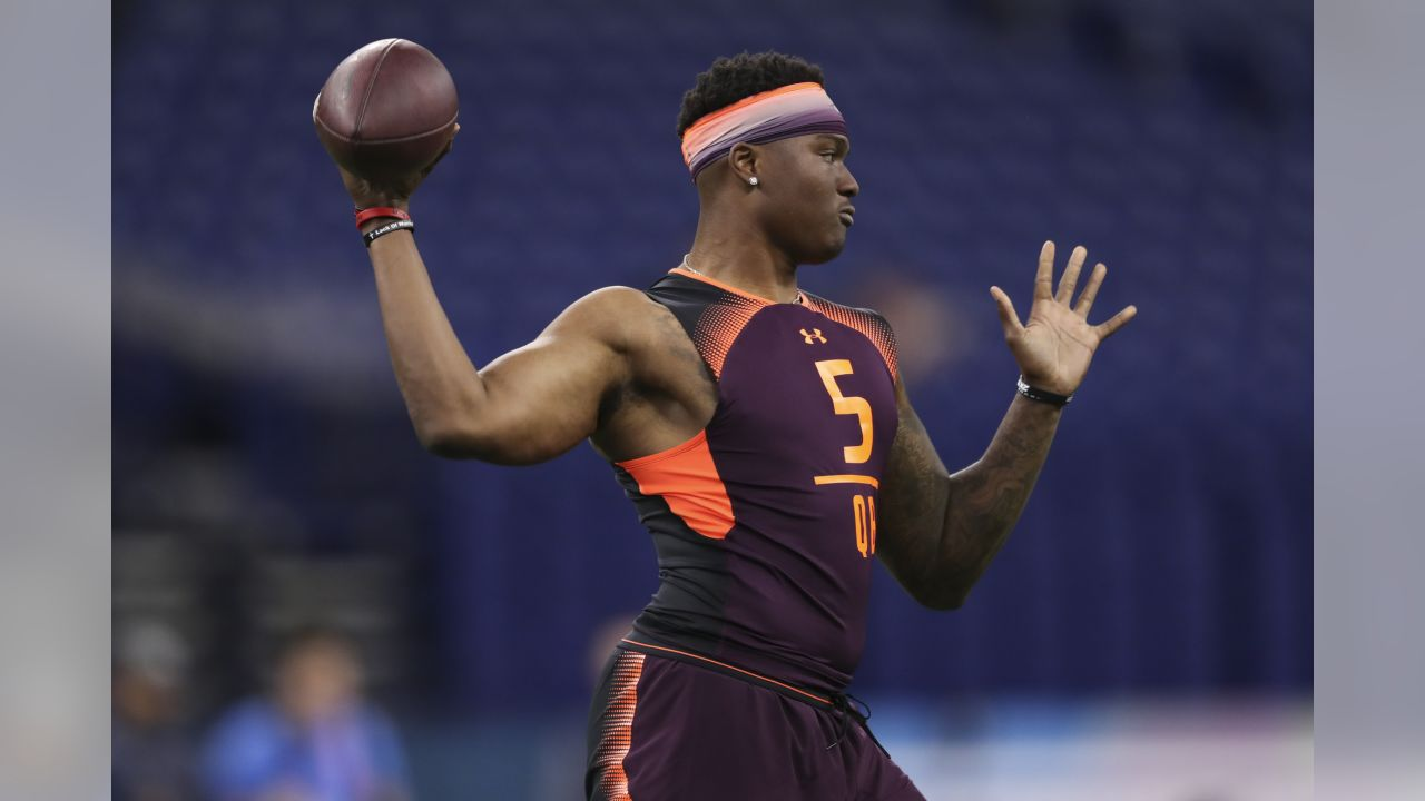 Ohio State quarterback Dwayne Haskins throws the ball  during the 2019 Scouting Combine,Saturday, Mar. 2, 2019 in Indianapolis. (Perry Knotts/NFL)