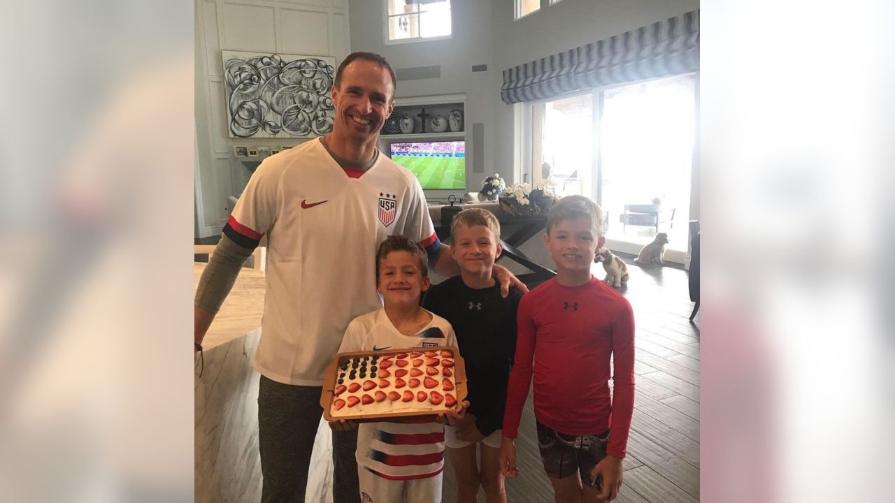 **Drew Brees:** Some great moments from this morning celebrating the Women'sWorld Cup Championship! They epitomize TEAM!!! Love watching them play.