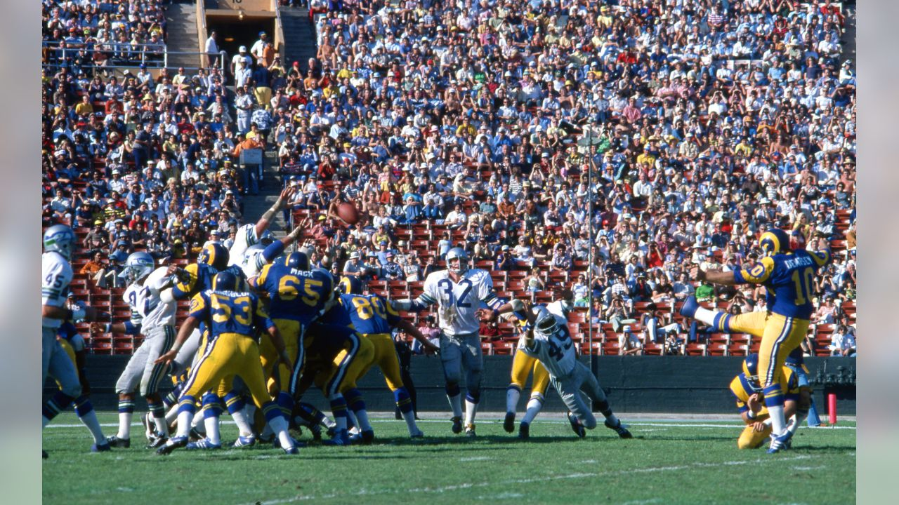 Los Angeles Rams kicker Tom Dempsey (10) is seen in action during an NFL game against the Seattle Seahawks Oct. 31, 1976, in Los Angeles. (NFL Photos via AP)