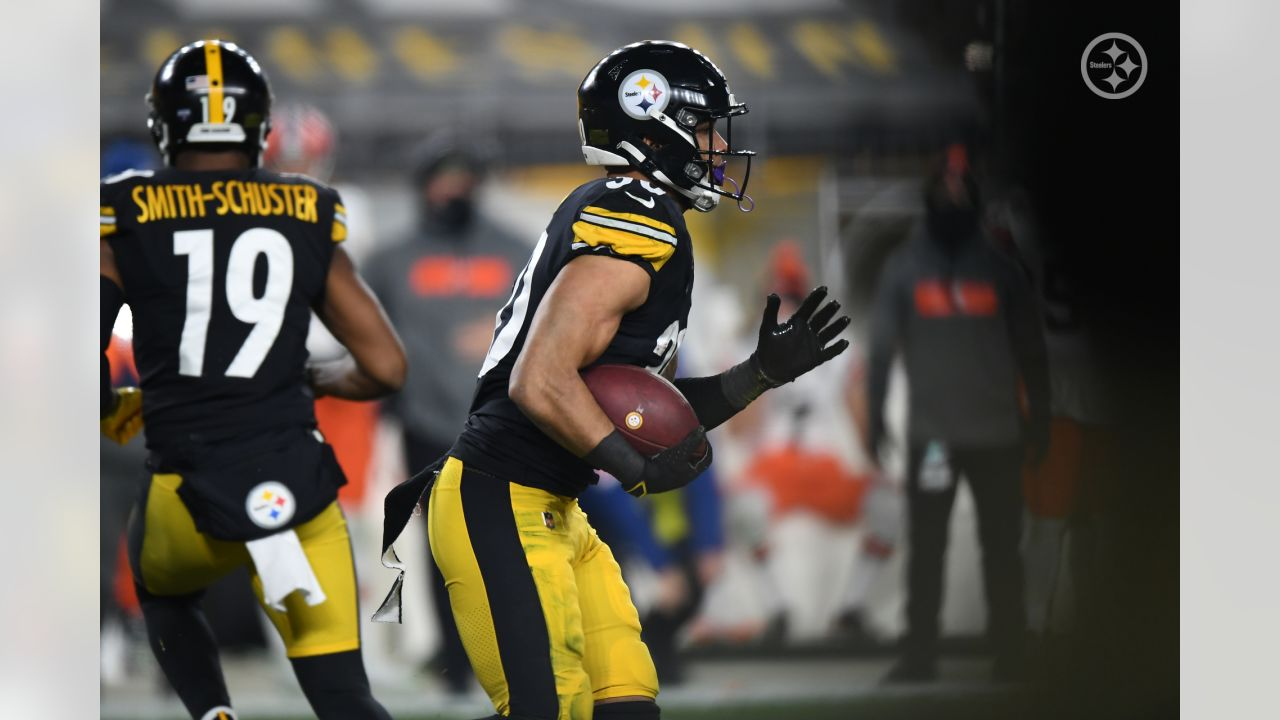 Pittsburgh Steelers running back James Conner (30) during a postseason Wild Card Round game between the Pittsburgh Steelers and the Cleveland Browns, Sunday, Jan. 10, 2021 in Pittsburgh, PA. (Karl Roser / Pittsburgh Steelers)