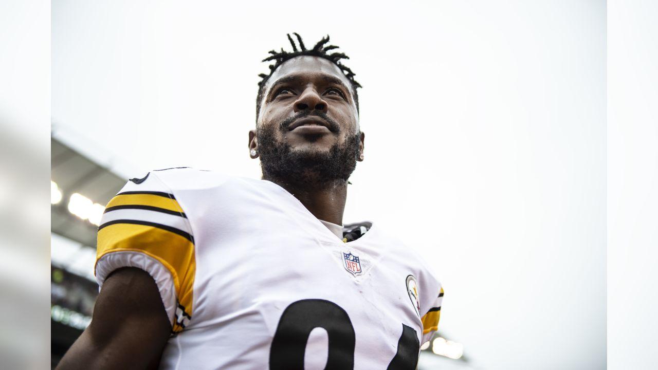 A 2018 Regular Season game between the Pittsburgh Steelers and the Cincinnati Bengals on Sunday, October 14, 2018.