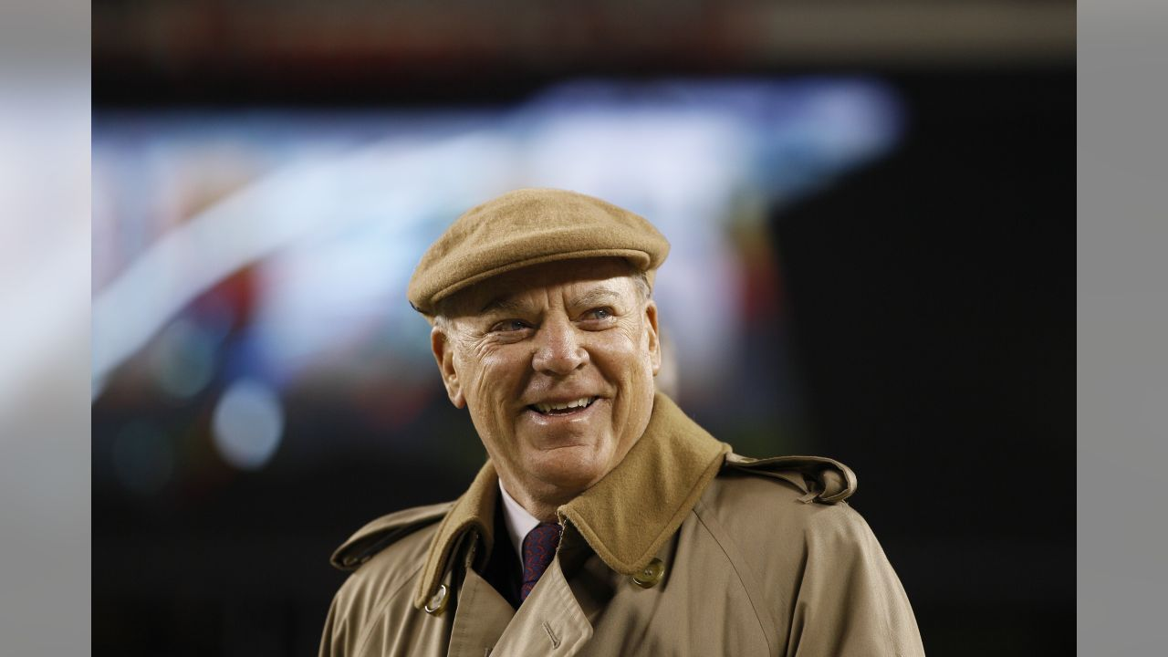 Houston Texans owner Bob McNair watches during warm-ups before an NFL football game against the Philadelphia Eagles, Thursday, Dec. 2, 2010 in Philadelphia. (AP Photo/Matt Slocum)