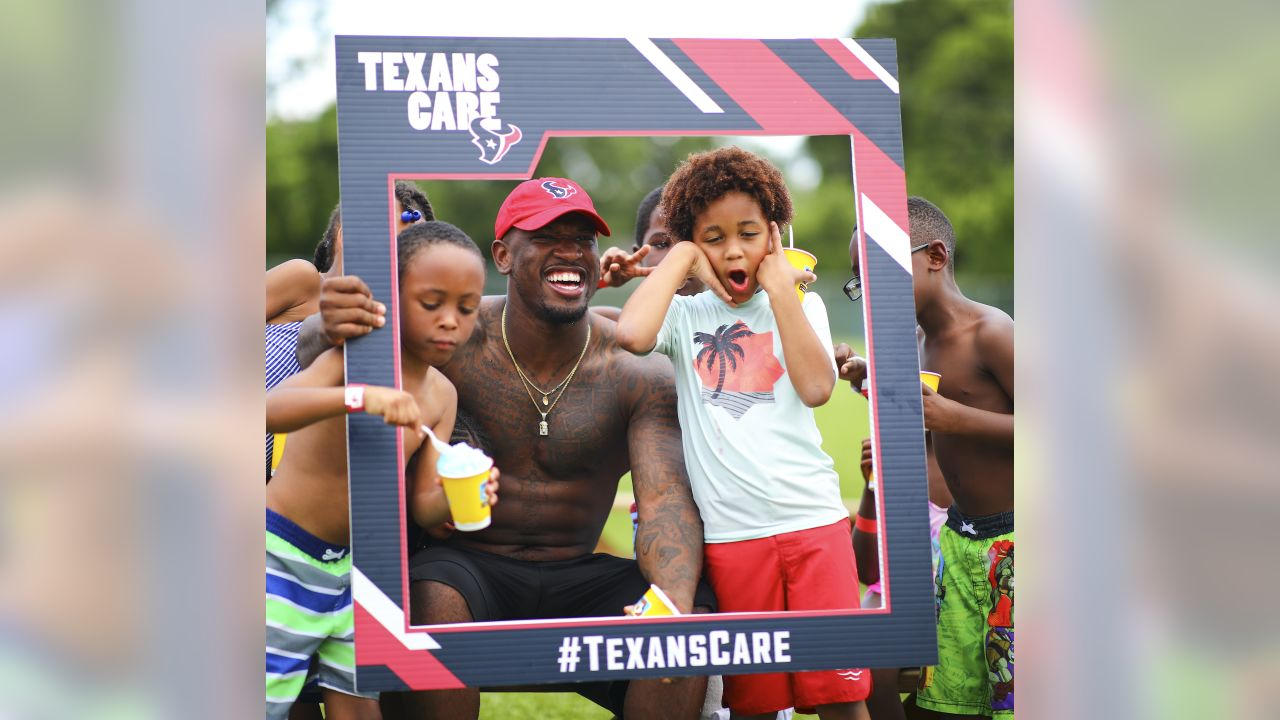 An image from the June 18, 2019 Rookie Summer Bash at the Houston Texans YMCA.
