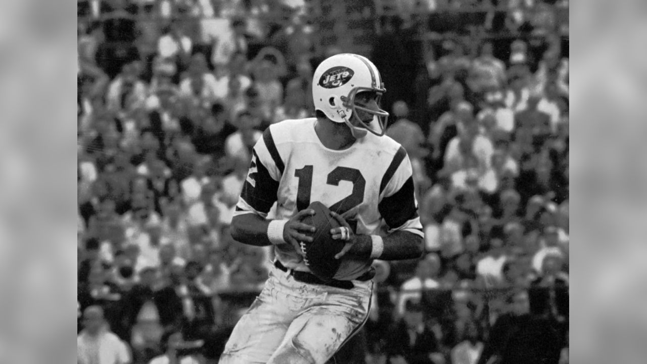 New York Jets quarterback Joe Namath (12) drops back to pass in Super Bowl III, Jan. 12, 1969 in Miami, Fl. (AP Photo)