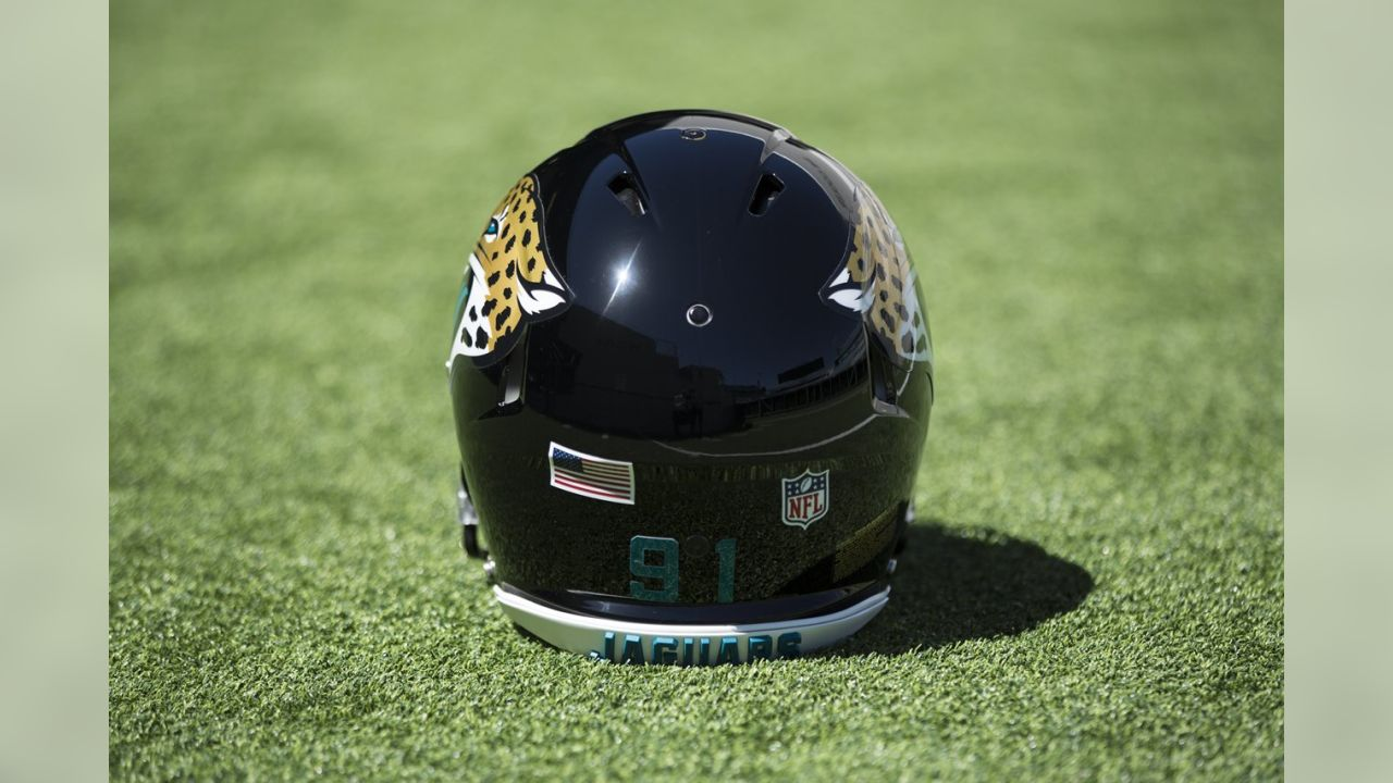 online retailer 9b1d2 7f09c Jaguars unveil new Nike Vapor Untouchable uniforms
