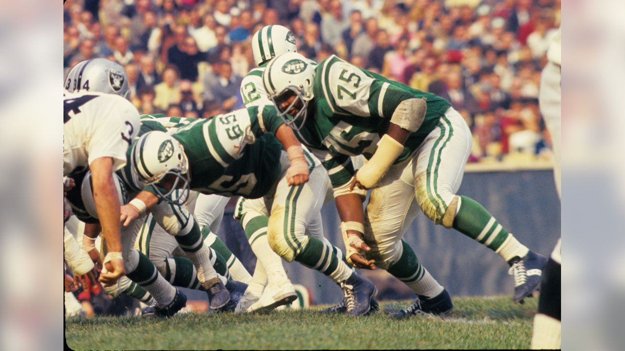 A Timeline of the Jets' Uniforms Through the Seasons