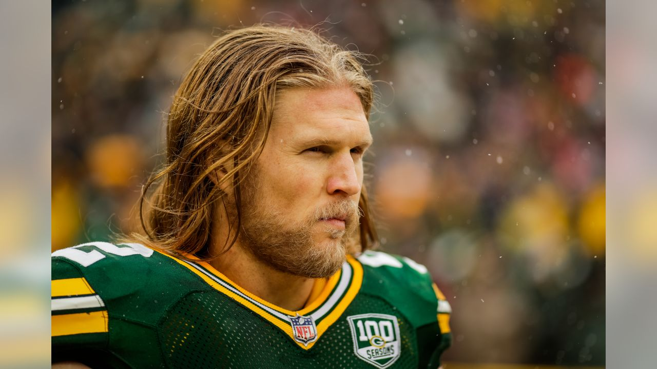 sports shoes b0661 d7fa3 Clay Matthews returns home to LA; signs with Rams