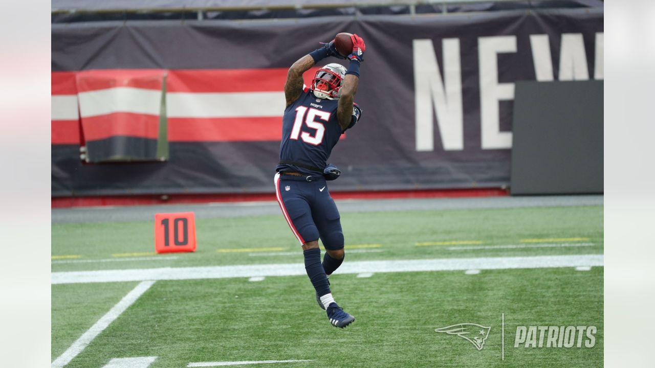 Photos: Patriots vs. Jets Week 17