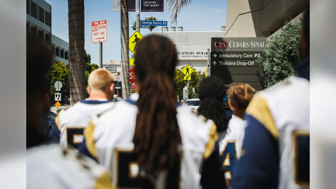 Rookies visit patients at Cedars-Sinai