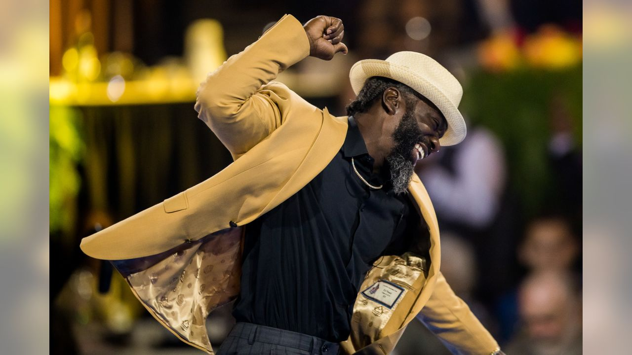 super popular 57643 701e3 Photos From Ed Reed Gold Jacket Ceremony