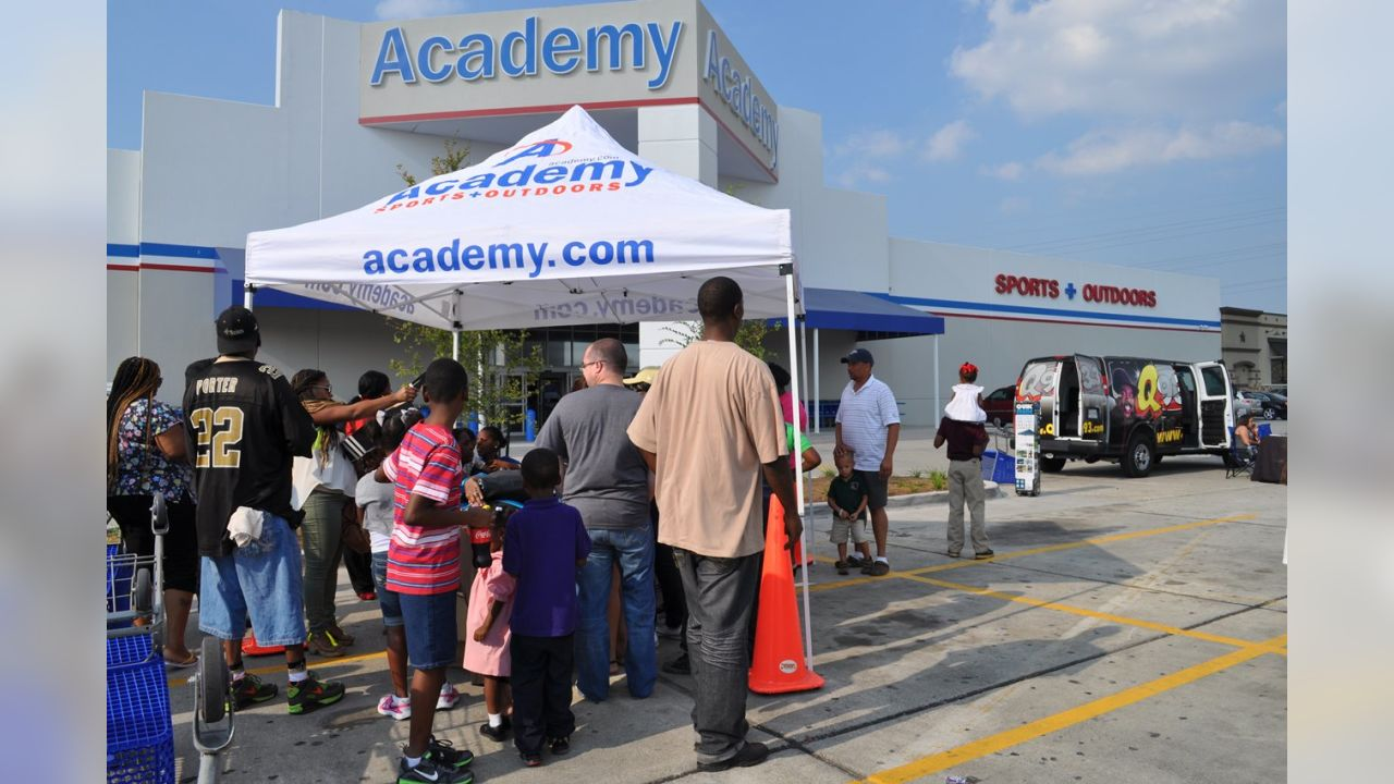 Academy Tailgate Event