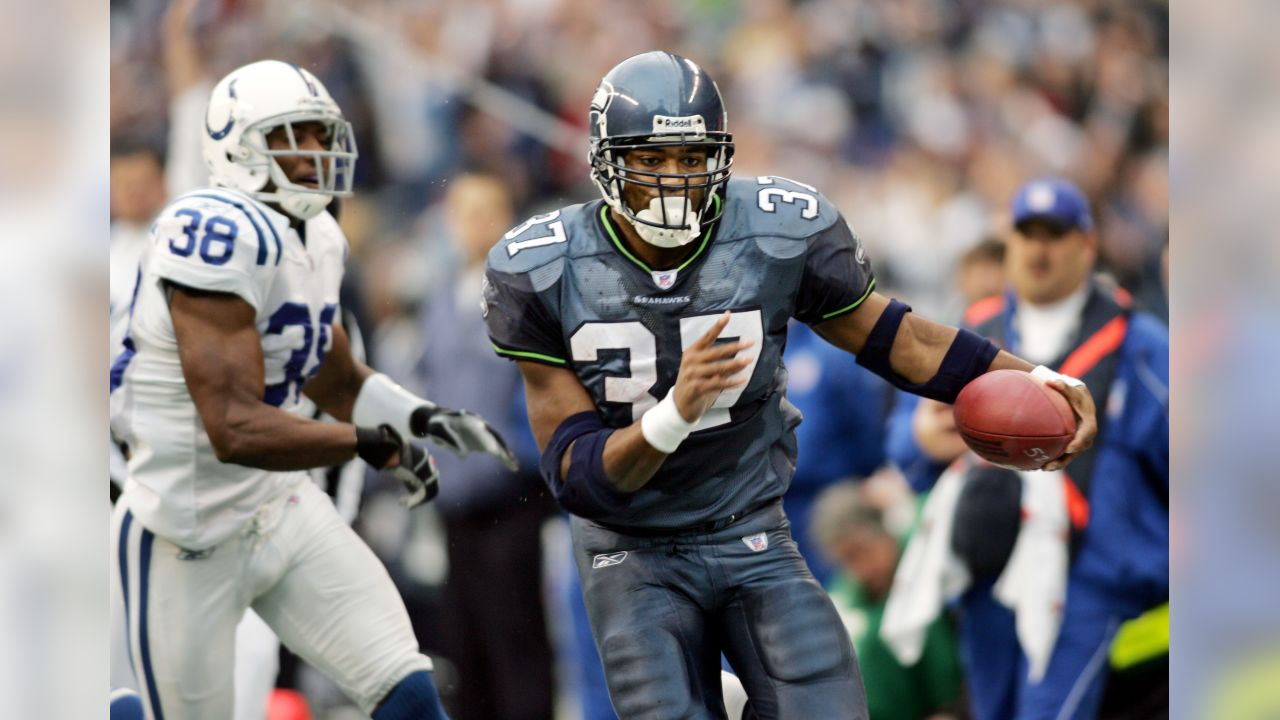 Thursday Round-Up: Seahawks' Griffin Brothers Play EA Sports' Madden